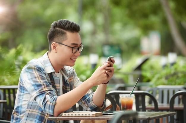 Gaya Rambut Pendek Pria Indonesia 2021 yang Wajib Lo Coba! - Gatsby